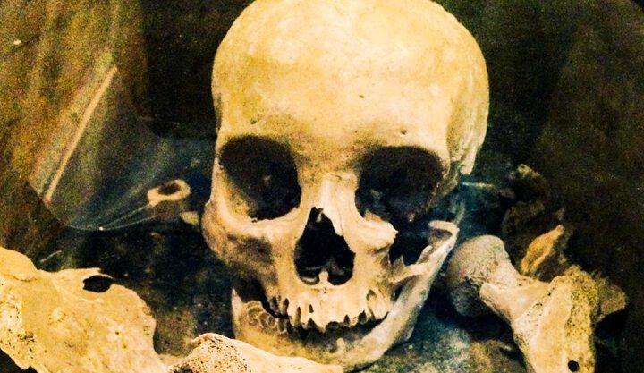 JEAN BERTHELOT, Revue Far Ouest ,Ernest, Montcigoux, Dordogne, Pagnon de Fontaubert, Mystère, squelette, légende de famille, sud-ouest, reportage, documentaire, histoire, far west, meurtre, fratricide, inceste, Saint-Pierre de Frugie