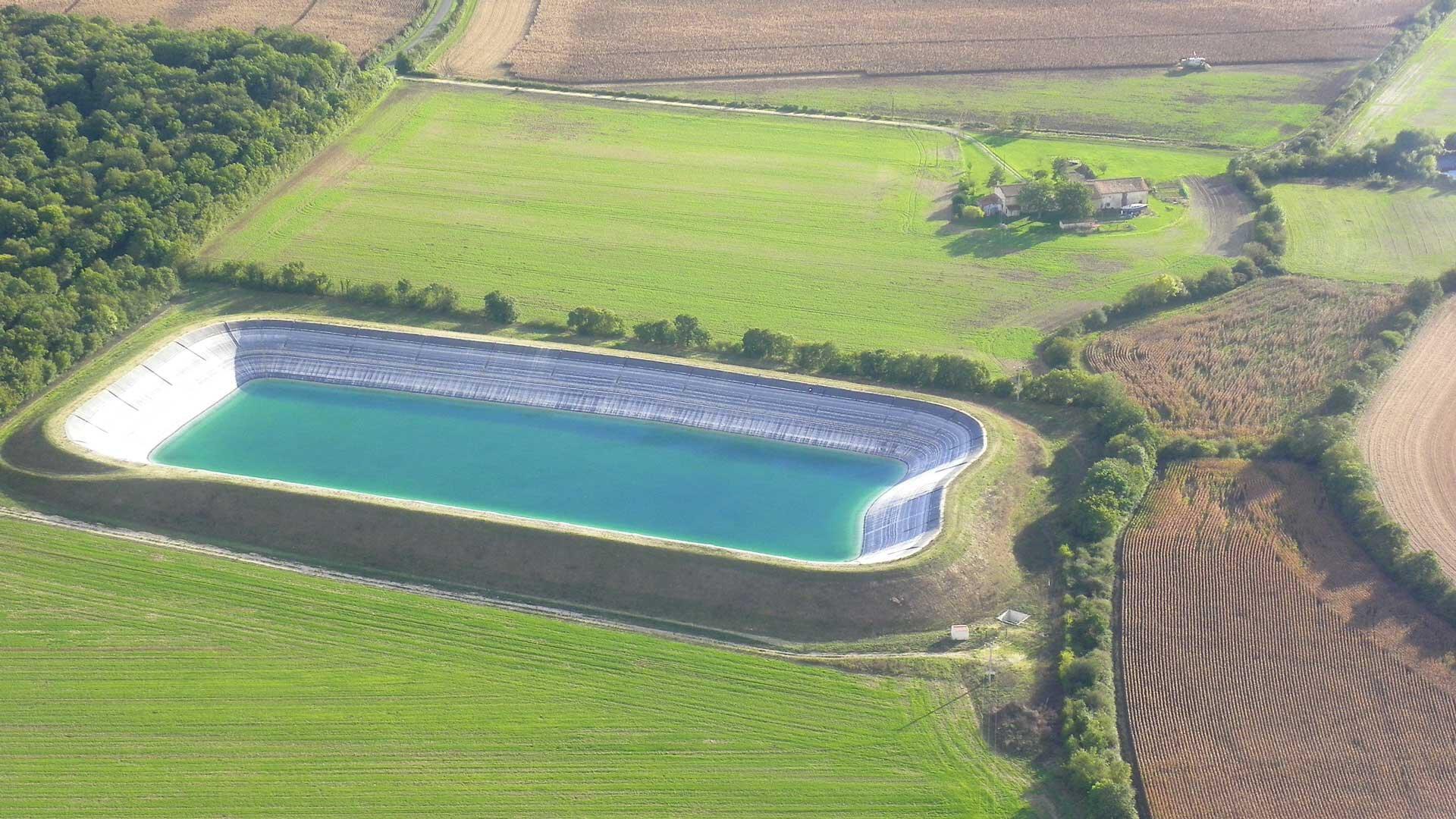 Bassine de rétention d'eau