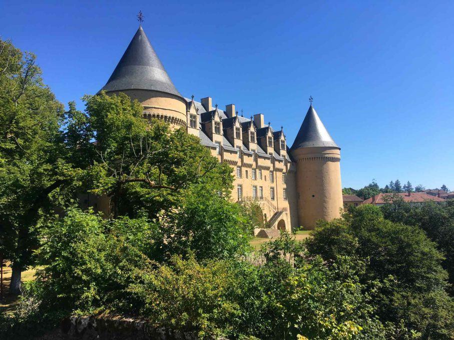 Vue depuis les allées du Château de Rochechouart
